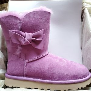 🆕 Women's UGG Daelynn Prickly Rose Purple Sz 6